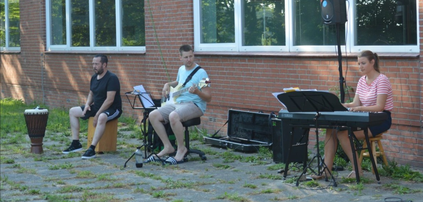 Gospel_Open-Air-Andacht_3.jpg